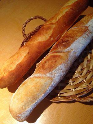 玄米酵母のフランスパン_a0175348_6394879.jpg