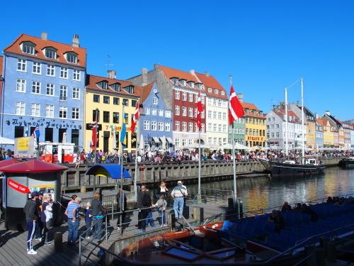 デンマークデザインの専門サイトができました_a0116902_16335762.jpg