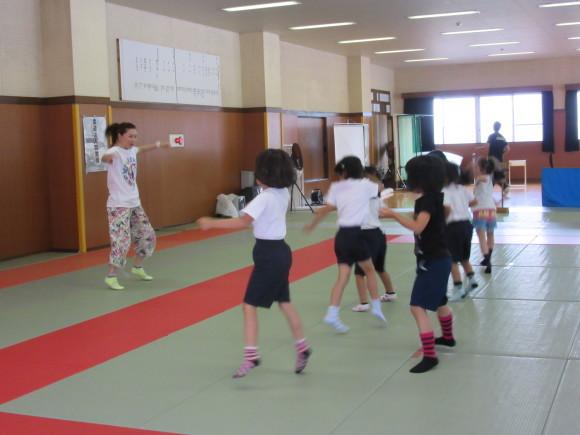 H27年キッズダンス教室始まりました。_d0010630_11573331.jpg