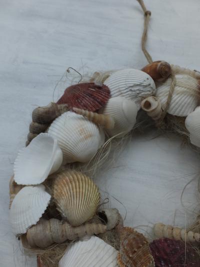 オークリーフ(貝殻のリース)_f0049672_1203555.jpg
