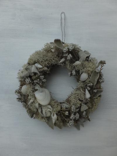 オークリーフ(貝殻のリース)_f0049672_1215797.jpg