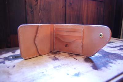 三つ折の財布_f0155891_13585526.jpg