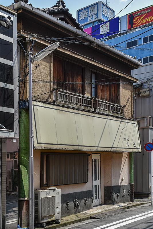 新記憶の残像-9 横浜物語-5 スナック ルミ_f0215695_1934519.jpg