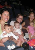NYで映画見るなら住宅街の映画館へ!! 赤ちゃん連れも大歓迎、たった1ドルで見れる夏休み企画も!!_b0007805_3111553.jpg