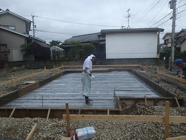 基礎工事が始まりました♪_d0177220_8445532.jpg
