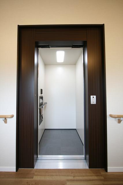 新事業所の竣工写真_c0360713_17564008.jpg