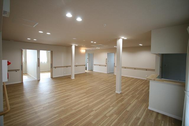 新事業所の竣工写真_c0360713_17564015.jpg