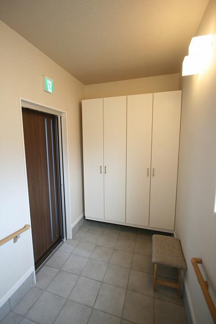 新事業所の竣工写真_c0360713_17564057.jpg