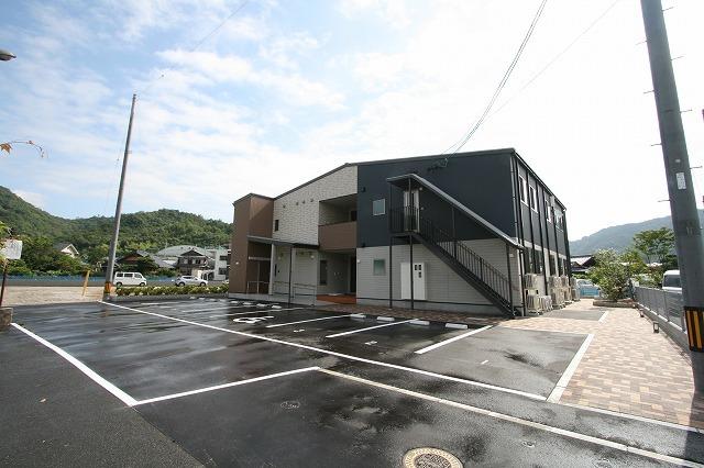 新事業所の竣工写真_c0360713_17571901.jpg