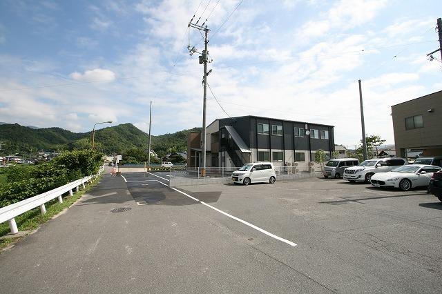 新事業所の竣工写真_c0360713_17571985.jpg