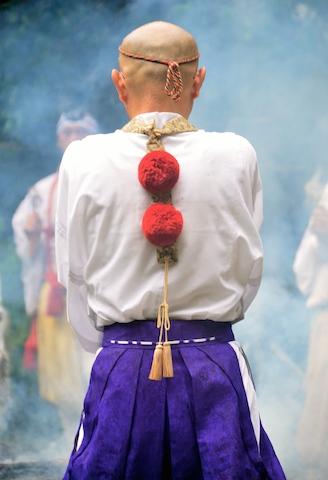 金剛山 れんげ大祭!_e0111396_1734317.jpg