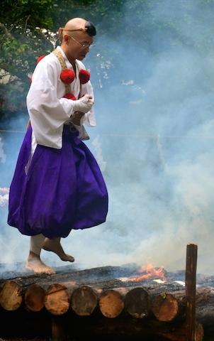 金剛山 れんげ大祭!_e0111396_1751737.jpg