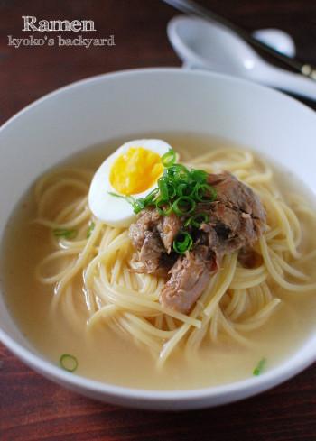 自家製スープで、なんちゃってラーメン_b0253205_03180850.jpg