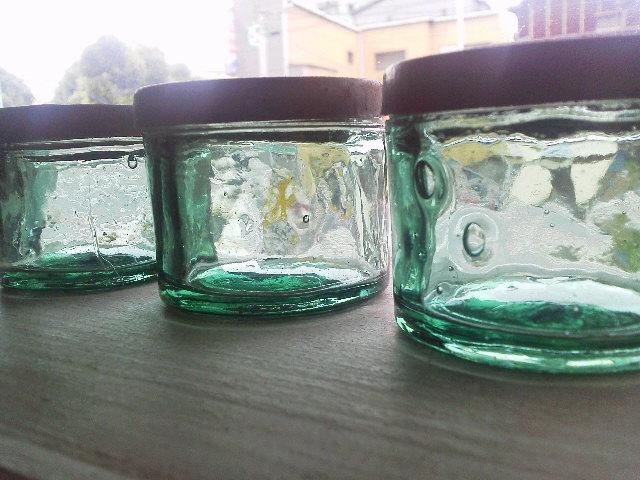 ヤマト糊の瓶。_e0350308_7525833.jpg