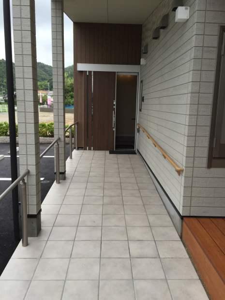 新事業所の竣工写真_c0360713_19280383.jpg