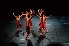 インドネシアのエコ・スプリヤントのダンス『Cry Jailolo』@鳥の演劇祭(鳥取県鹿野市)_a0054926_15204756.jpg