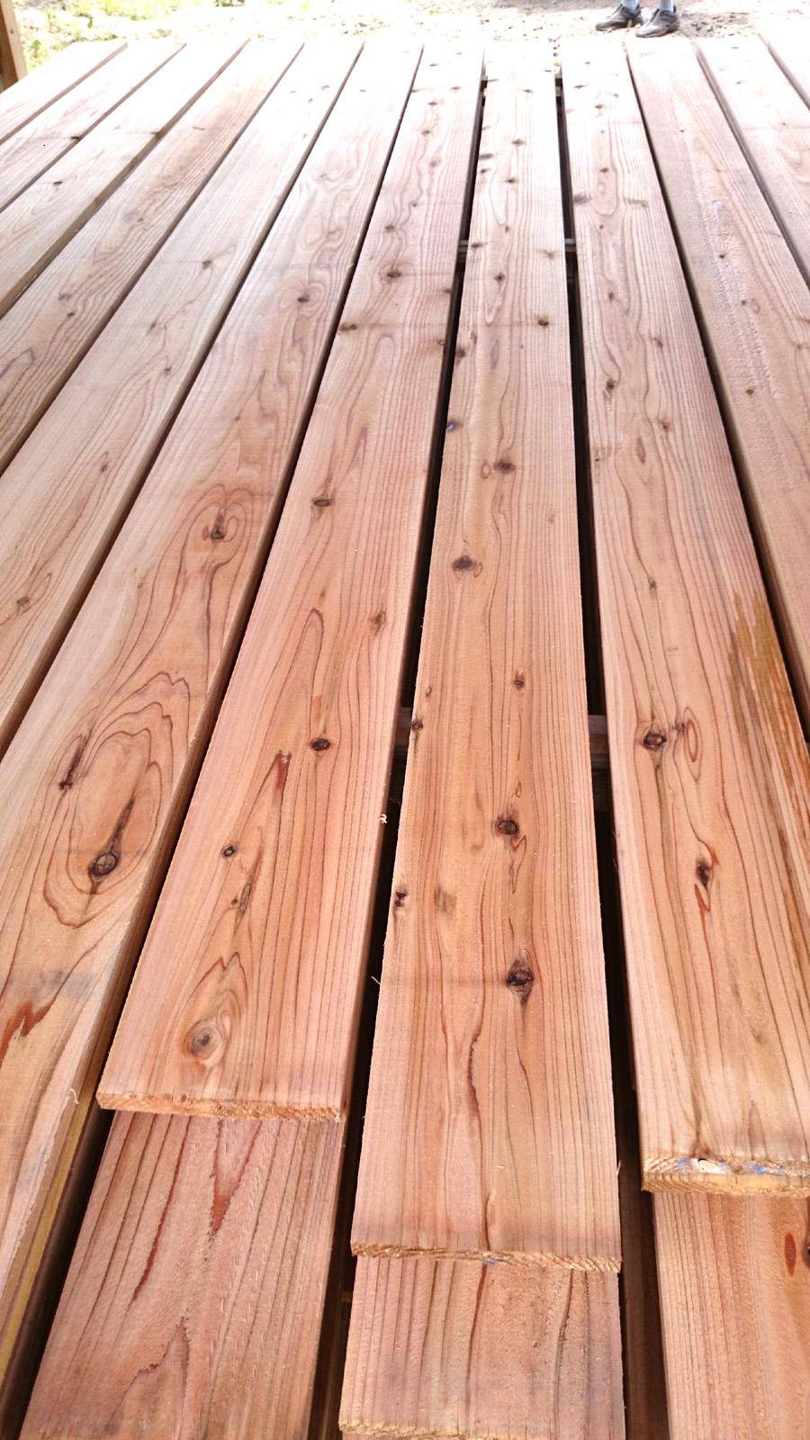 秋田杉赤身外壁材 乾燥しました。_f0150893_14564965.jpg