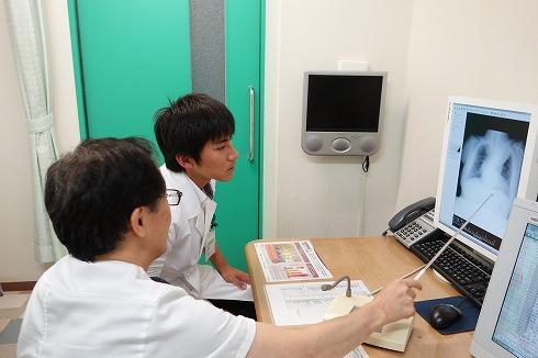 名古屋市立大学医学部6年生の実習_a0152501_176561.jpg