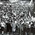 戦争か革命か - 55年前と同じ岐路  (7月15日は岸内閣総辞職の日)_c0315619_1623745.jpg