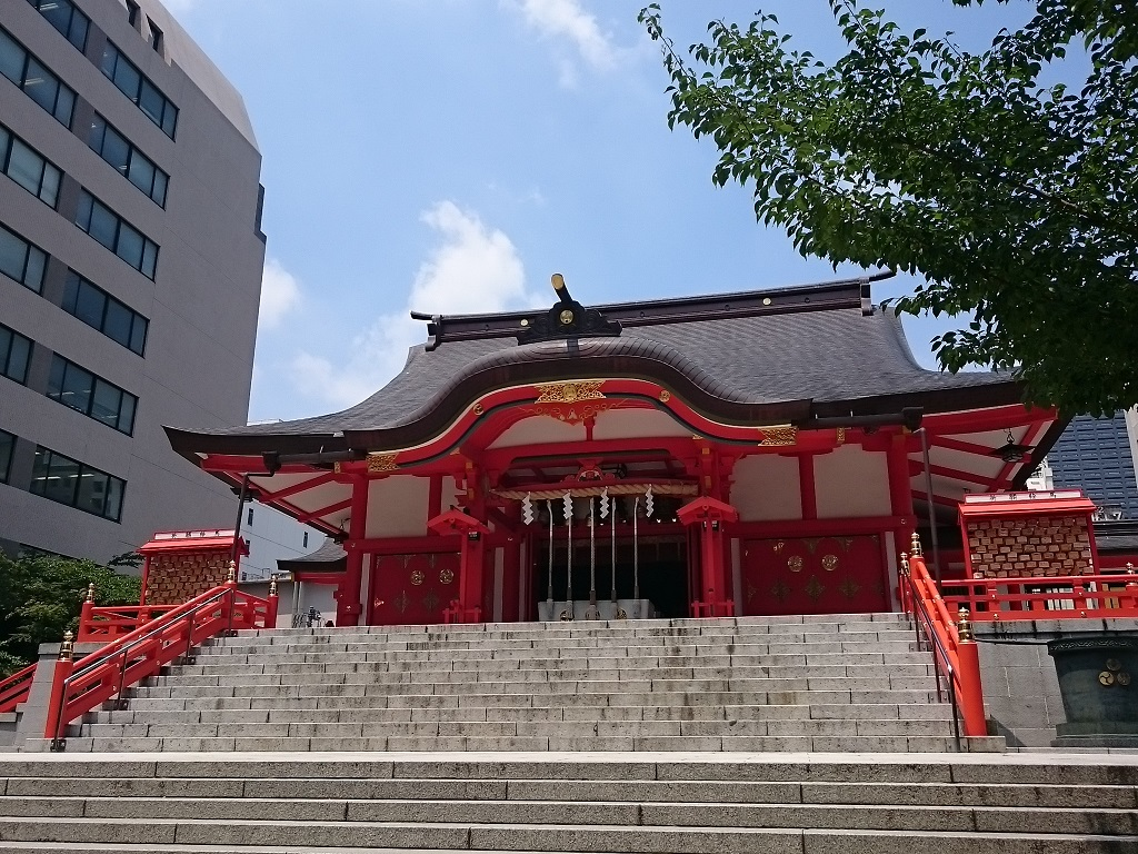 花園神社と熱帯魚_d0061857_20333666.jpg