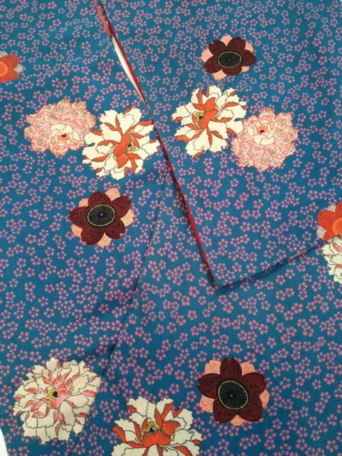 赤薔薇・市松に菊・水色桜着物♪販売商品45_c0321302_18241122.jpg