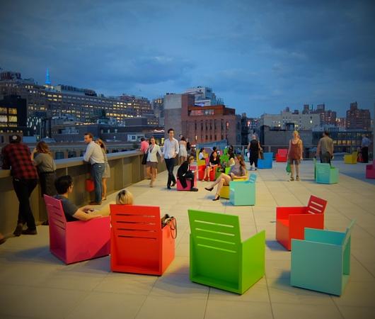 NYの新しい夜景スポット、ホイットニー美術館の屋外スペース_b0007805_12453399.jpg