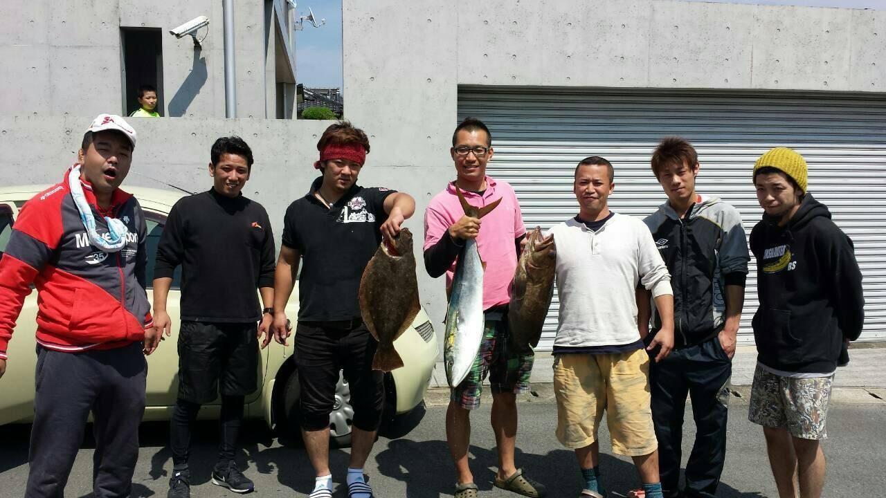 友人と長崎の五島まで船釣り_e0184224_21292959.jpg
