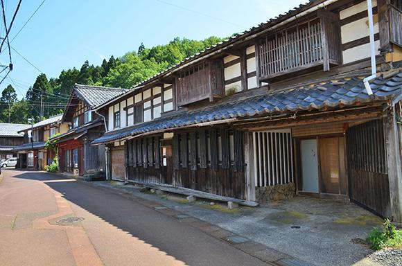 塩津街道(海道)を行く_e0164563_9235077.jpg