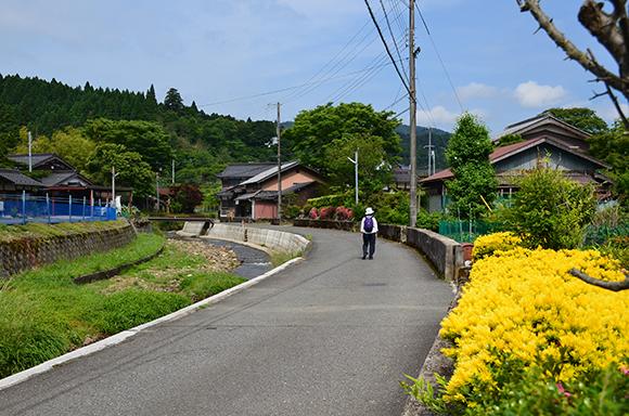 塩津街道(海道)を行く_e0164563_927628.jpg