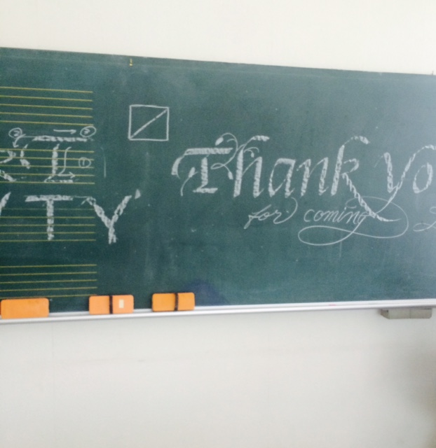 中学校でカリグラフィーの一日体験講習会♪_b0105897_16112884.jpg