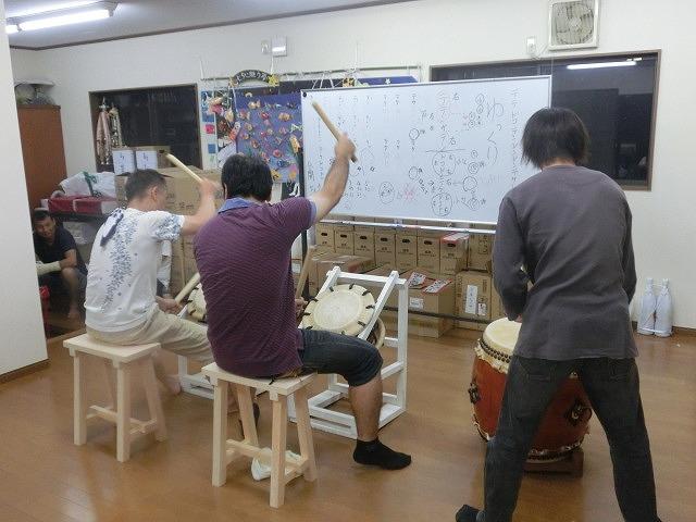 駿河台三丁目の「てんのさん」(天王祭)に向けて太鼓の練習が最高潮_f0141310_7371144.jpg