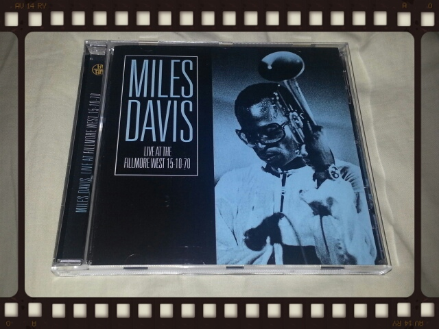 MILES DAVISI / LIVE AT THE FILLMORE WEST 15-10-70_b0042308_863885.jpg