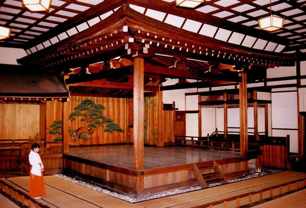 福岡市の住吉神社能楽殿_c0112559_8553063.jpg