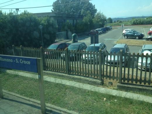イタリアの車窓から ピサ中央駅ーエンポリ_a0136671_11153752.jpg
