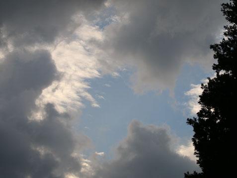 青空が見えました(#^^#)_c0140599_18363920.jpg