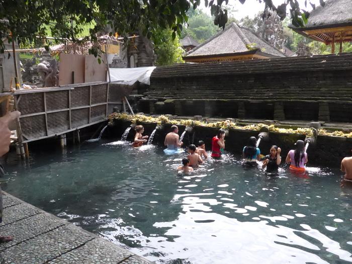 バリ島へ行く。⑳ ~不老不死の水を探しに行った話~_f0232060_16124532.jpg