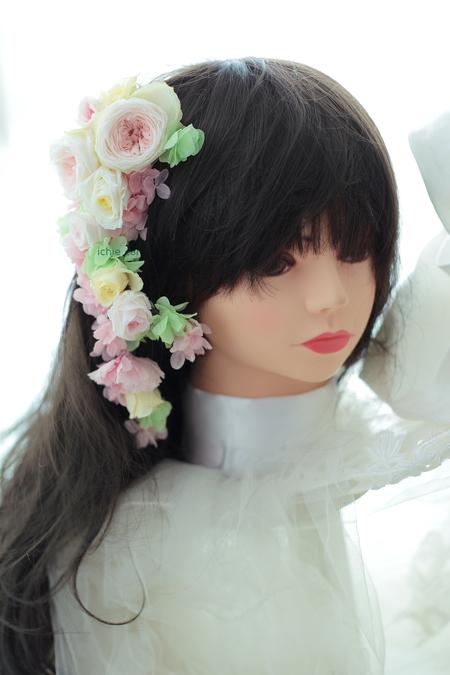 花の髪飾り 山手ロイストン教会さまへ、花鎖  ご新郎様手作りの花のアクセサリにあわせて_a0042928_10302783.jpg