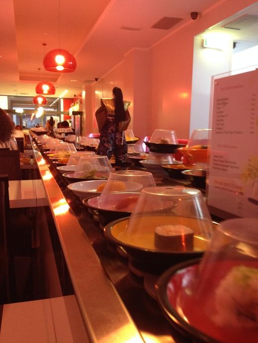 フィレンツェの回転寿司&中華は時間無制限食べ放題_a0136671_318651.jpg