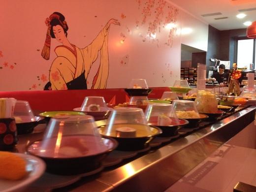 フィレンツェの回転寿司&中華は時間無制限食べ放題_a0136671_3241972.jpg