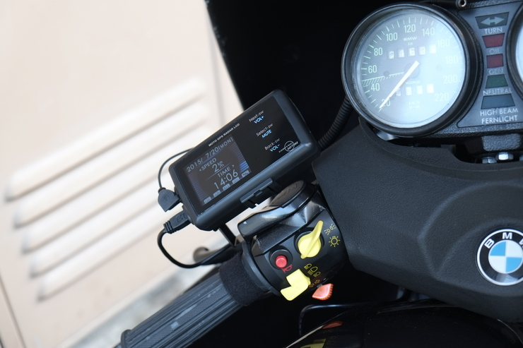 デイトナ:MOTO GPS レーダー LCD_f0310771_21262288.jpg