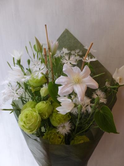 オークリーフ(緑色の花を入れて)_f0049672_1451335.jpg
