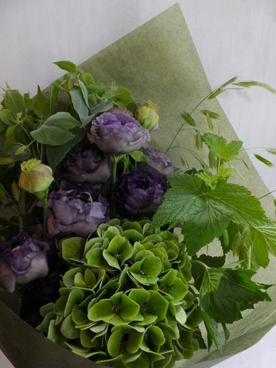 オークリーフ(緑色の花を入れて)_f0049672_1453208.jpg