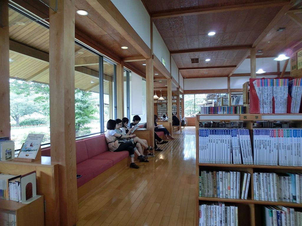 森山図書館_c0052876_21555814.jpg