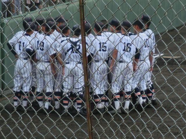 富士市立高校野球部 「残念!」早すぎる敗退_f0141310_652124.jpg