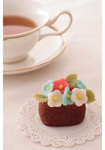 「和菓子日和」のannernerさん登場!_c0039735_1238591.jpg