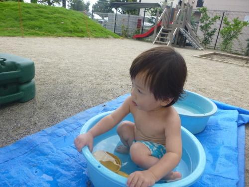 プールが始まりました(ひよこ・りす)_f0327175_18541845.jpg