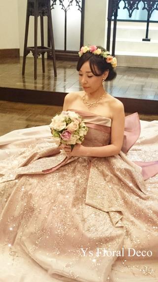 ピンク色のドレスにあわせるミックスカラーの花冠_b0113510_10503589.jpg
