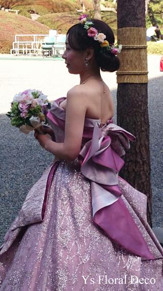ピンク色のドレスにあわせるミックスカラーの花冠_b0113510_10505839.jpg