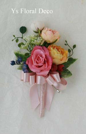 ピンク色のドレスにあわせるミックスカラーの花冠_b0113510_10513849.jpg