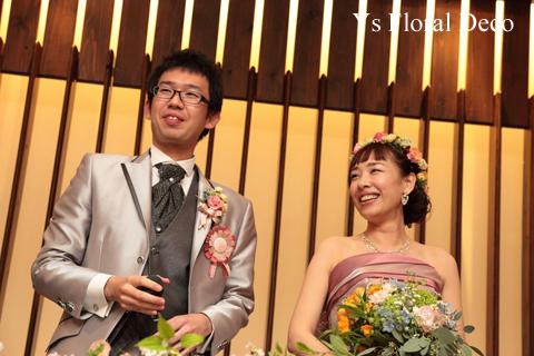 ピンク色のドレスにあわせるミックスカラーの花冠_b0113510_1051744.jpg